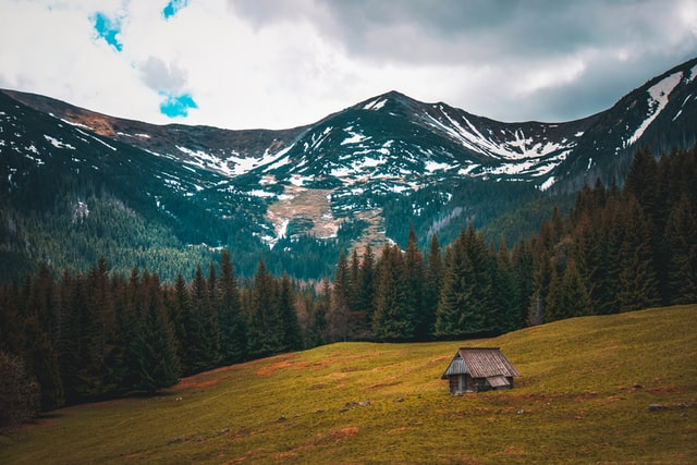 Dlaczego na wakacjach w górach warto zaufać najlepszym z branży hotelarskiej?