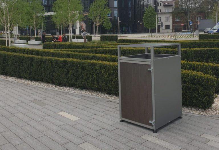 W miejscach publicznych niezbędne są kosze na śmieci